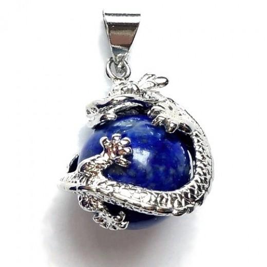 Lápisz lazuli sárkány gömb medál