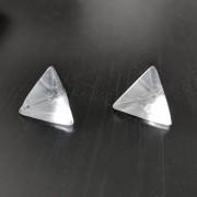 Hegyikristály háromszög alapú piramis