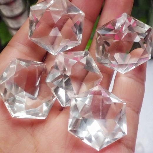 Hegyikristály csiszolat, NAGY drágakő, generátor